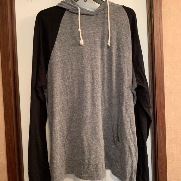 Old Navy Other - Men's Long Sleeve T-shirt